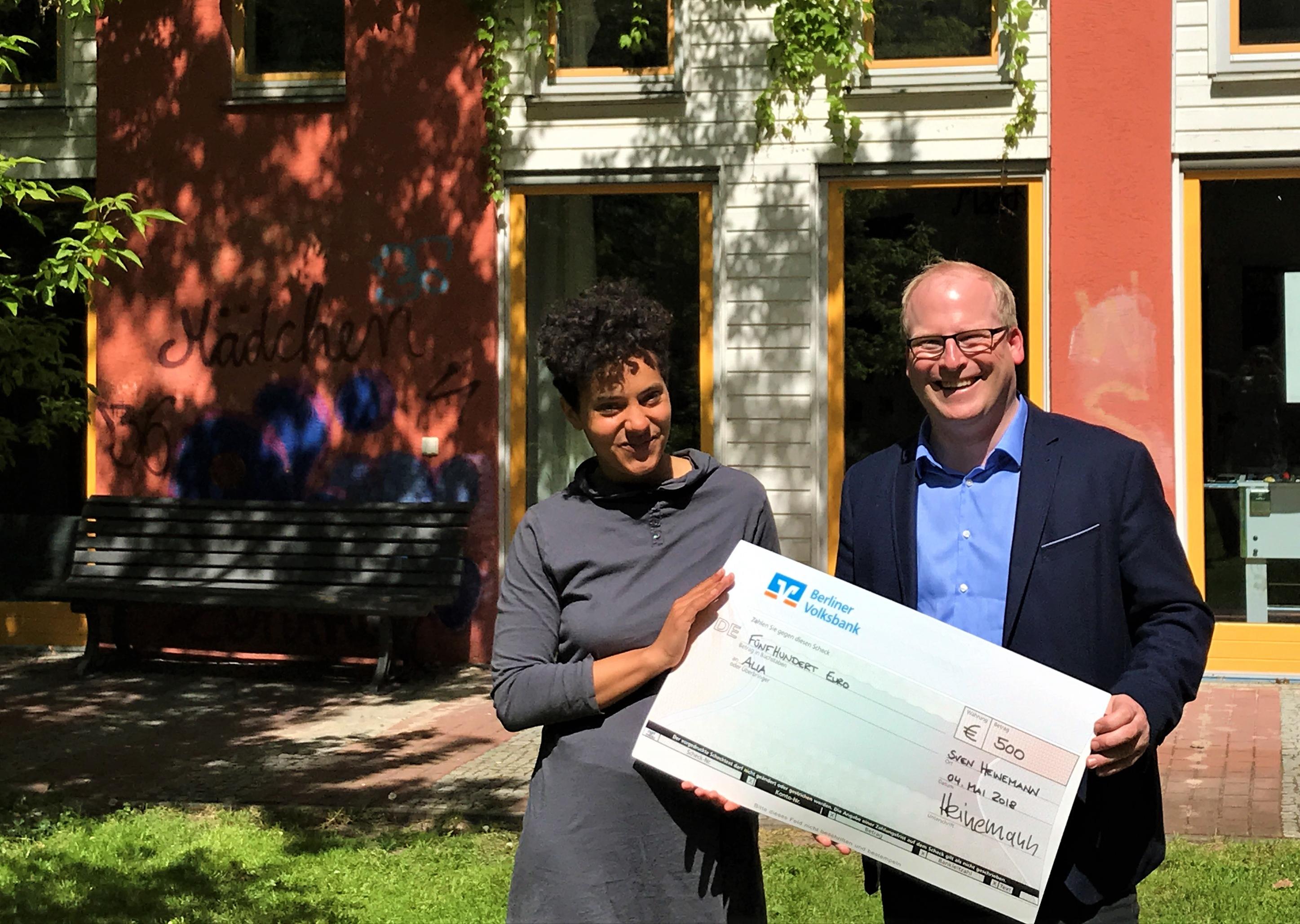 Kiezpreis: 500 Euro für Alia-Mädchenzentrum