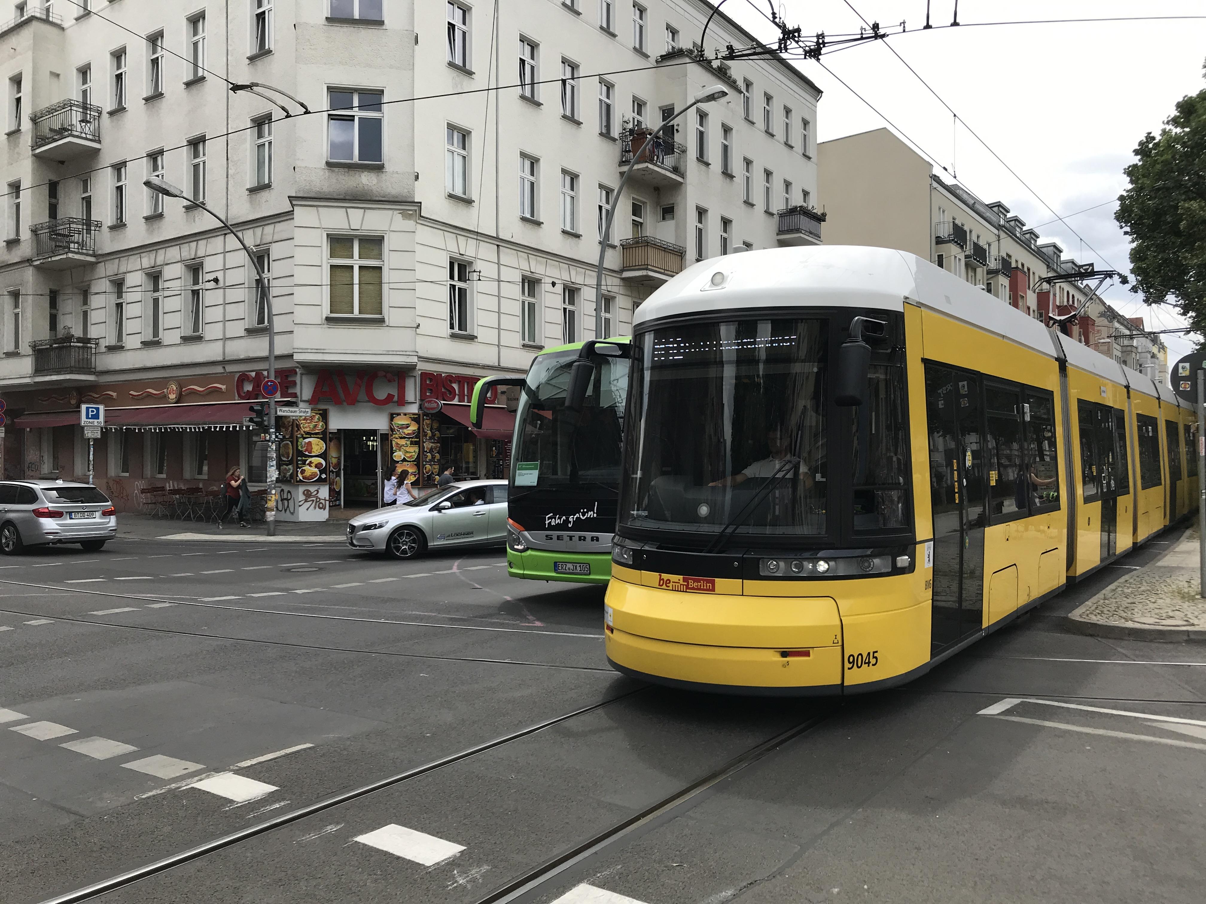 Mehr Platz für Fahrgäste der Straßenbahnlinie M10